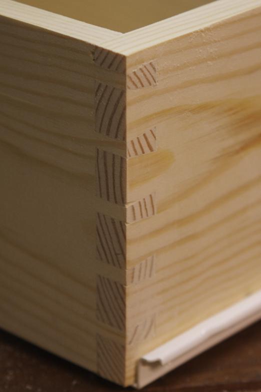 [fabrication] Meuble de salle de bains en Robinier - Page 4 Tiroir10
