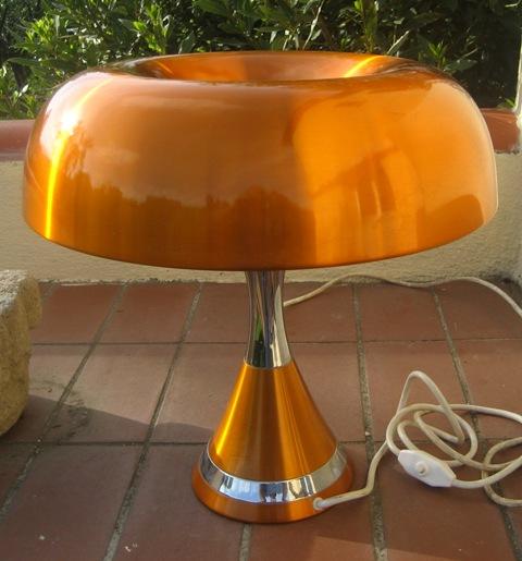 Lampe Champignon Vintage ...Artémide ?
