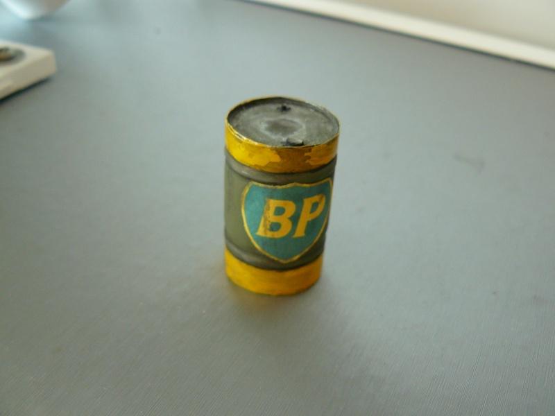 Fabriquer un fût métallique   P1270516