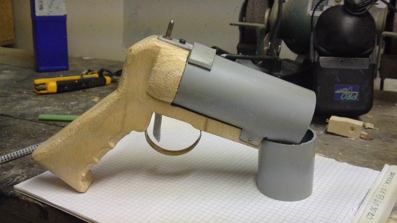 """Lance grenade à main"" 0110"