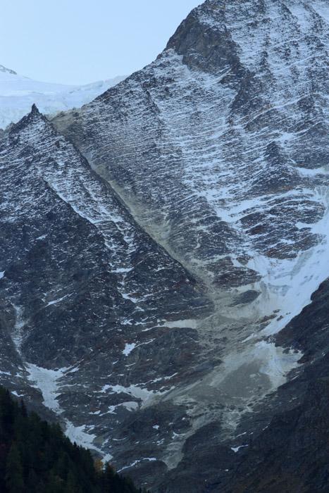 Eboulements et autres glissements dans la vallée Aig-go10