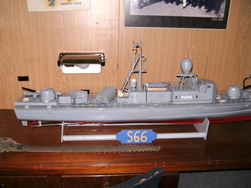 Mannheimer HafenSuchen - Landungsschiff Zander im Mannheimer Hafen Pict0051