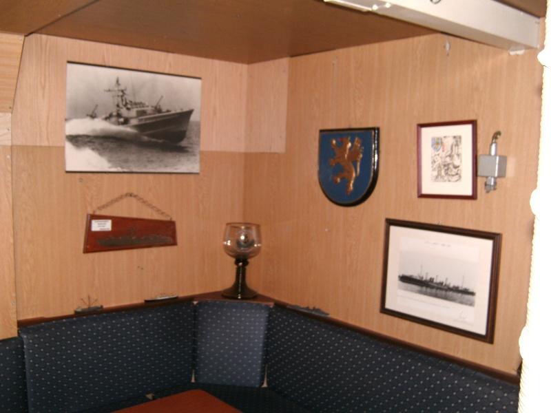Mannheimer HafenSuchen - Landungsschiff Zander im Mannheimer Hafen Pict0058