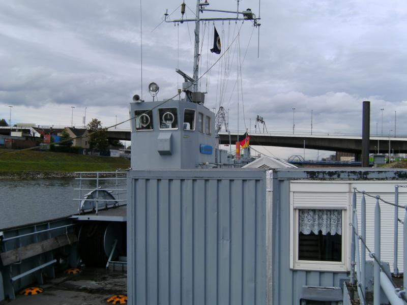 Mannheimer HafenSuchen - Landungsschiff Zander im Mannheimer Hafen Pict0103