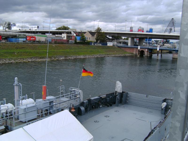 Mannheimer HafenSuchen - Landungsschiff Zander im Mannheimer Hafen Pict0106