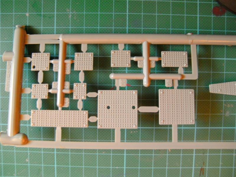 Japanisches U-Boot I-53 & Kaitens Maßstab 1 : 72 von Lindberg - Seite 2 Pict0192