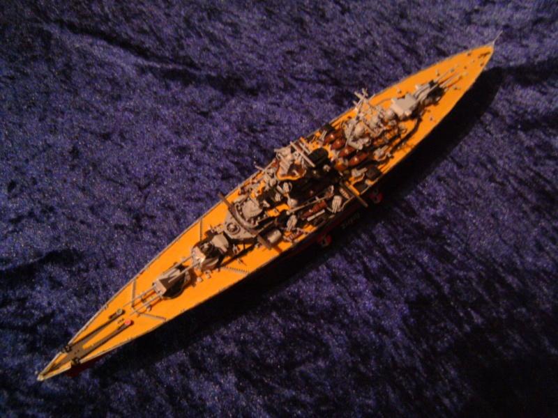 Schlachtschiff TIRPITZ von Revell 1:700 Pict0303