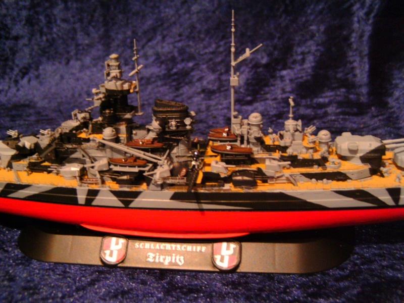 Schlachtschiff TIRPITZ von Revell 1:700 Pict0306
