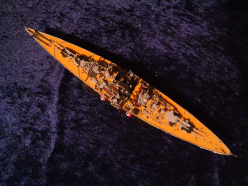 Schlachtschiff TIRPITZ von Revell 1:700 Pict0307