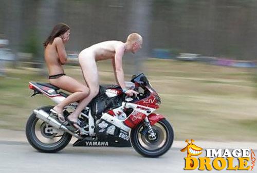 j'y vais aussi a moto .... Femme-10