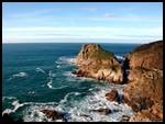 Le bord de mer rocheux