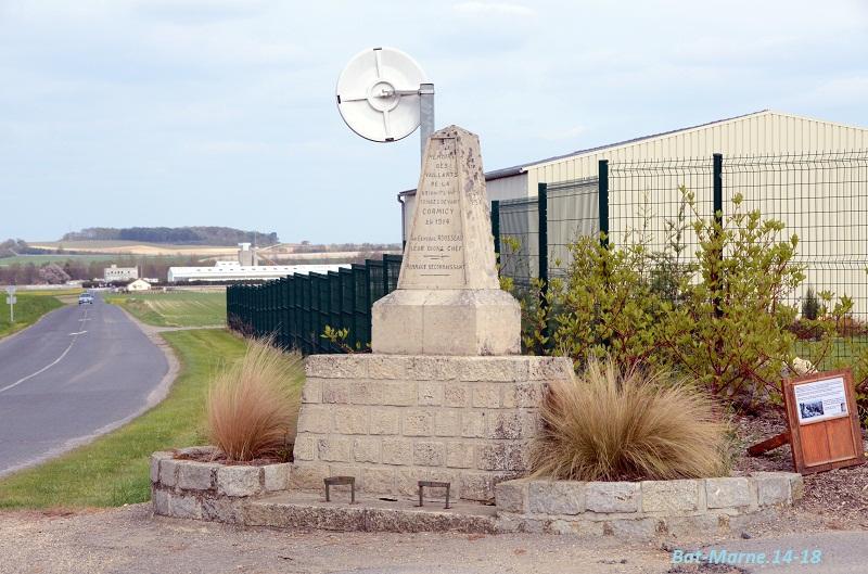 Monument à la 69e Division d'Infanterie à Cormicy (51) 1011