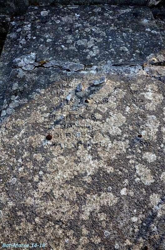 Le Monument aux Morts de Loivre 1612