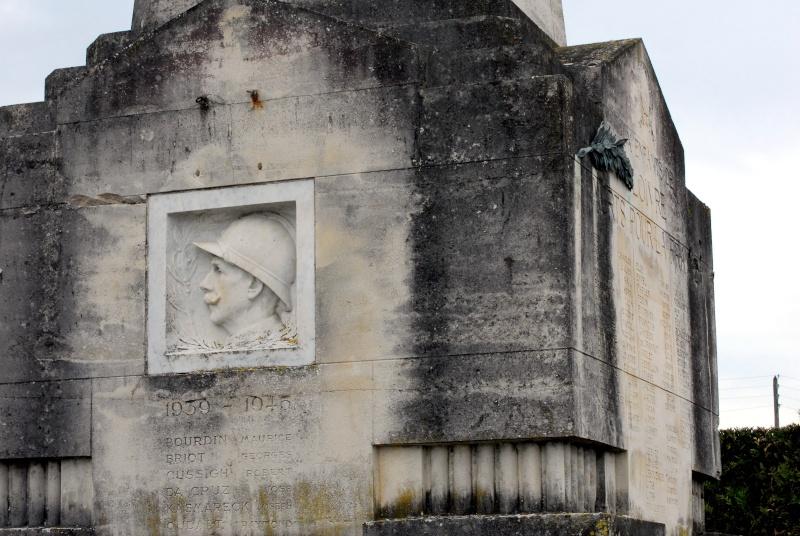 Le Monument aux Morts de Loivre 16_10