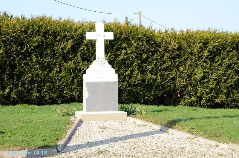 Le Monument au 35e R.I. à Berméricourt (51) 21610