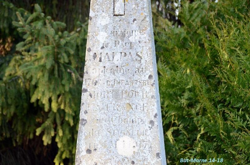 Le Monument au Capitaine MALPAS du 170e R.I. à Loivre (51) 31210