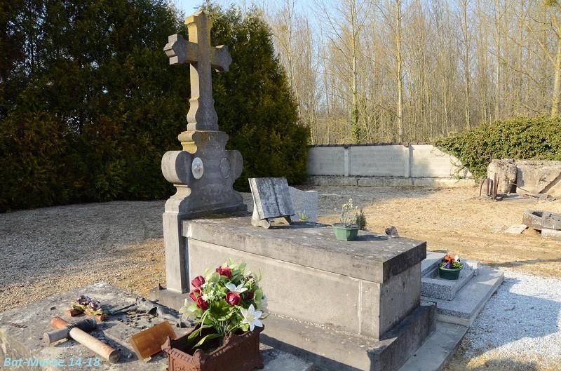 Le cimetière communal de Loivre (1ère partie) 3_610