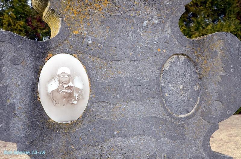 Le cimetière communal de Loivre (1ère partie) 3_810