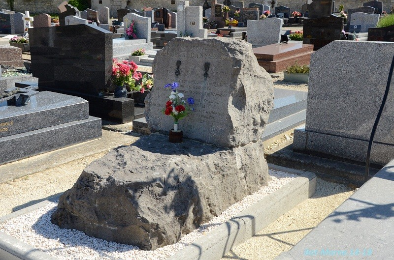 Le cimetière communal de Cormicy (51)  2e partie 4710