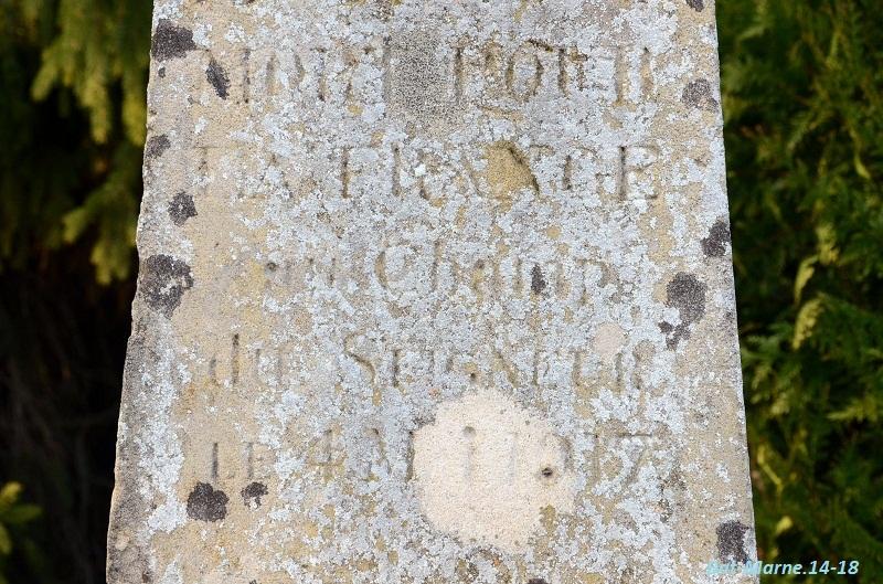 Le Monument au Capitaine MALPAS du 170e R.I. à Loivre (51) 51210
