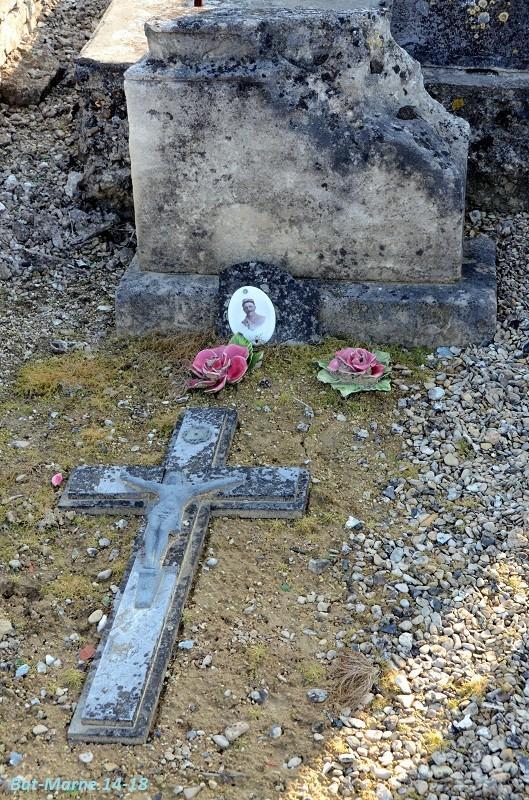Le cimetière communal de Loivre (1ère partie) 5_110