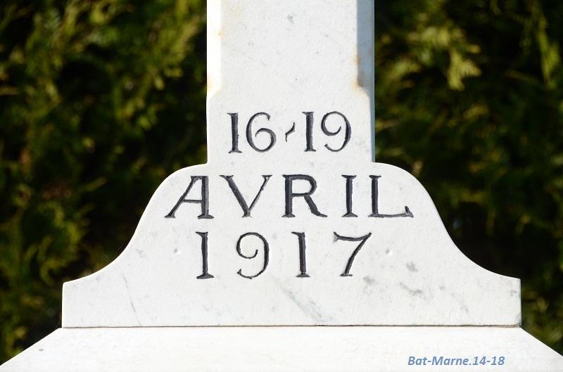 Le Monument au 35e R.I. à Berméricourt (51) 61310