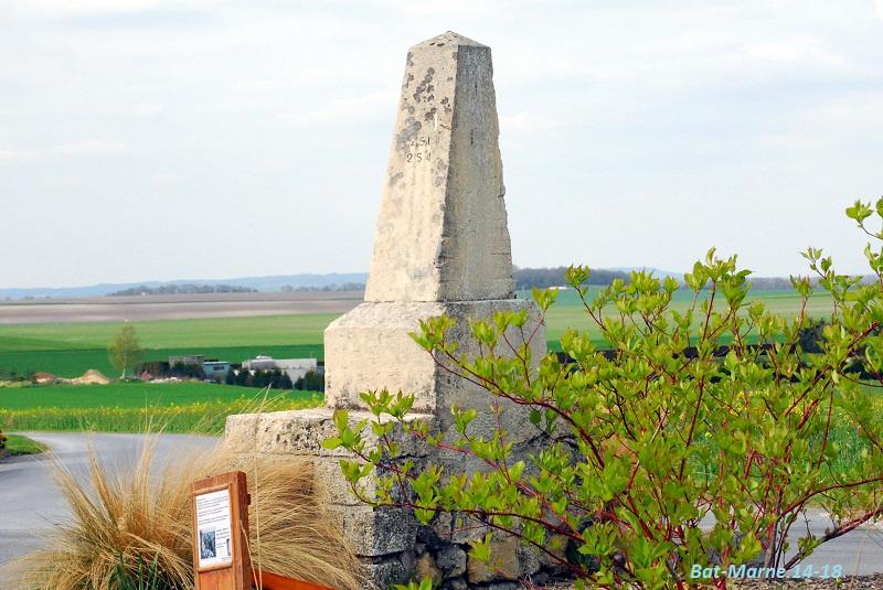 Monument à la 69e Division d'Infanterie à Cormicy (51) 913