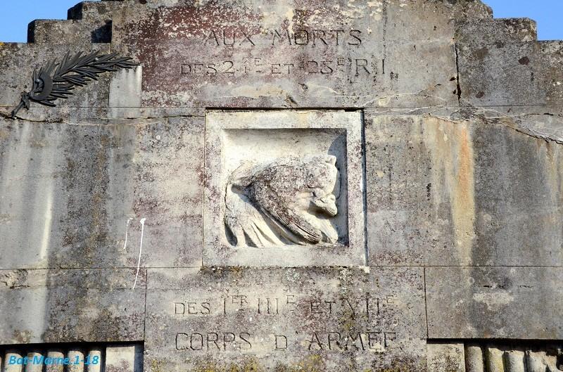 Le Monument aux Morts de Loivre 915