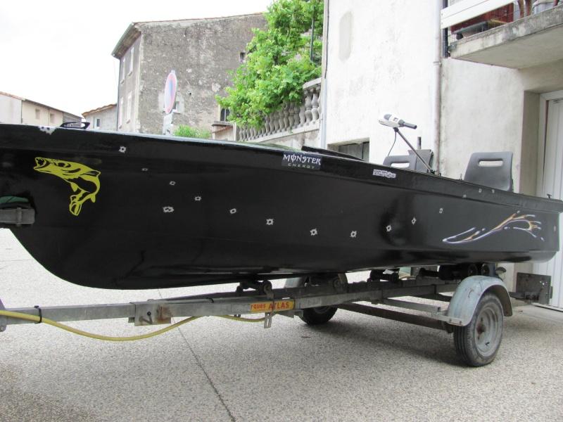 Micka07 = bass boat fini 00311