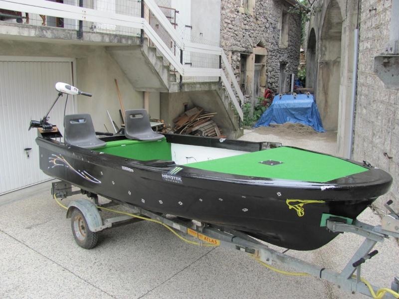 Micka07 = bass boat fini 00410