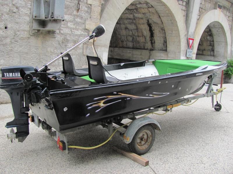 Micka07 = bass boat fini 00610