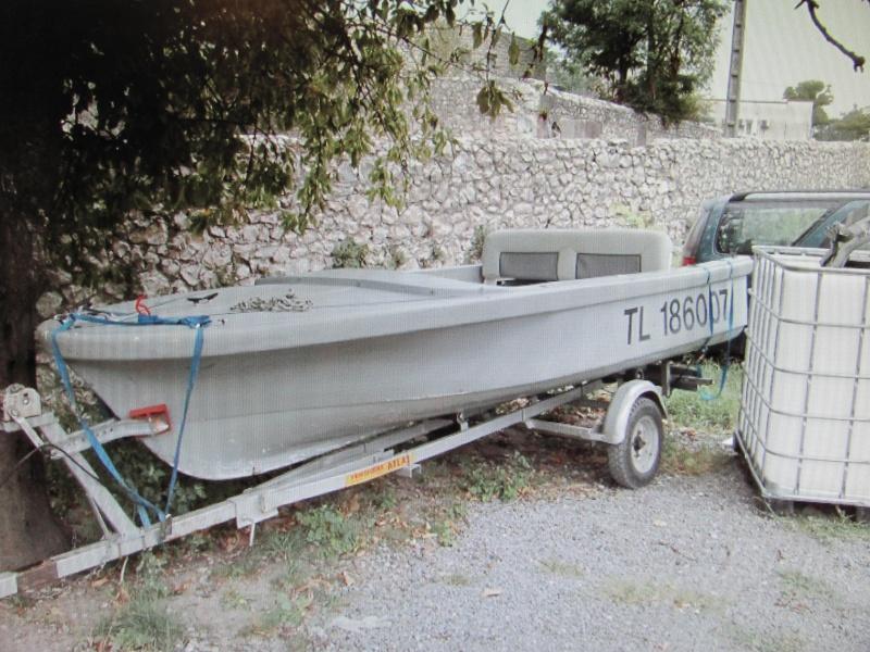 Micka07 = bass boat fini 01110