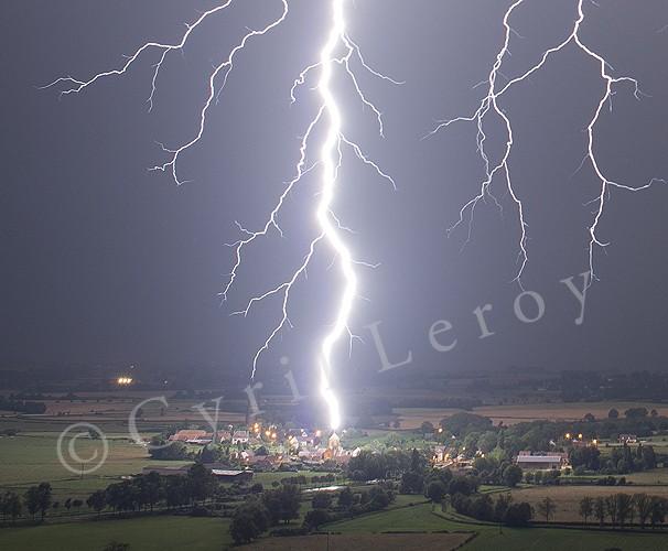 Nuit magique en Bourgogne 28-29 juin 2012 For3b10