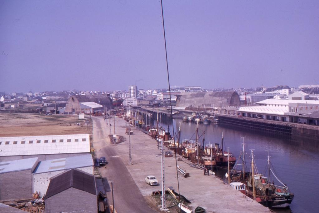 [Les ports militaires de métropole] Port de LORIENT - Page 8 1963_111