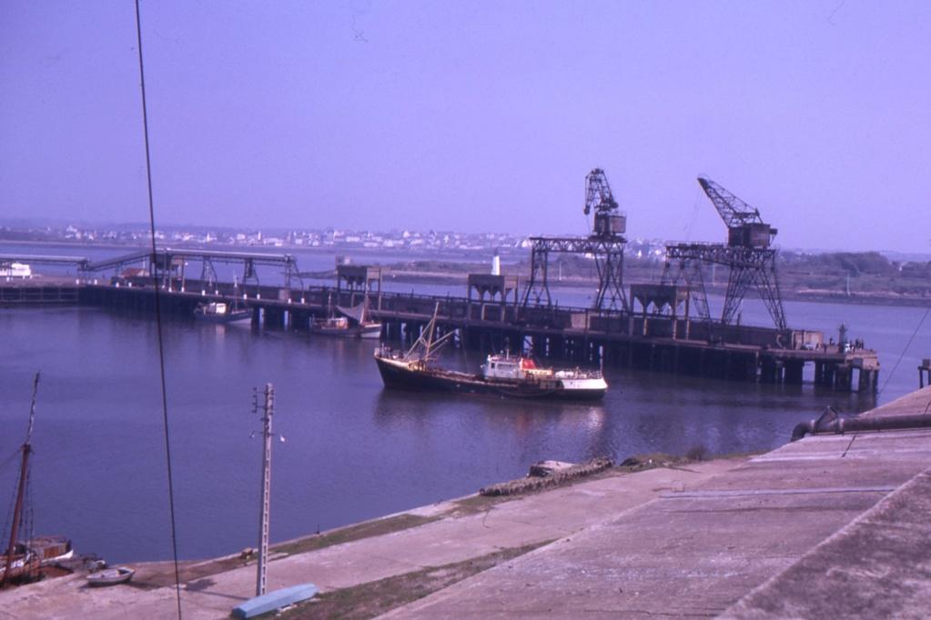 [Les ports militaires de métropole] Port de LORIENT - Page 8 1963_112