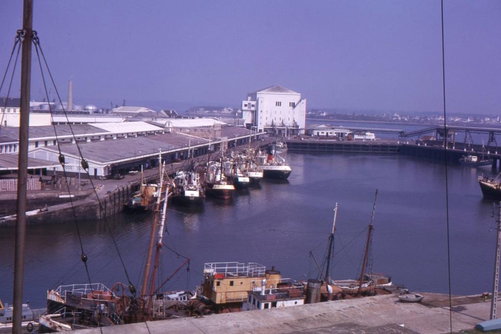 [Les ports militaires de métropole] Port de LORIENT - Page 8 1963_114