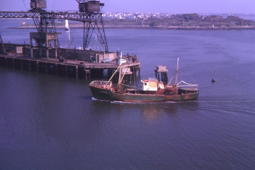 [Les ports militaires de métropole] Port de LORIENT - Page 8 1963_116