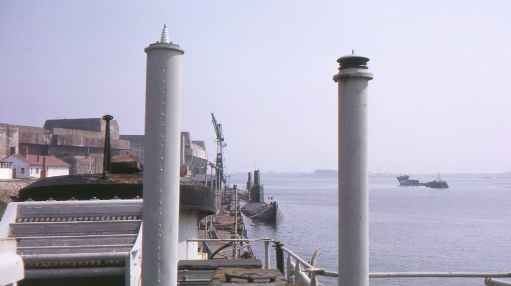 [Les ports militaires de métropole] Port de LORIENT - Page 8 1963_510