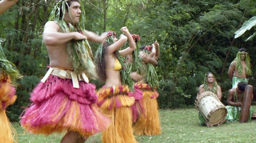 RHÔNE (BSL) - Page 32 Tahiti19