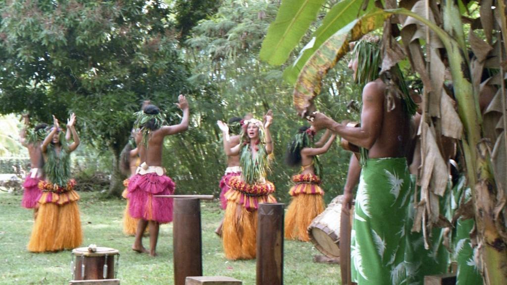 RHÔNE (BSL) - Page 32 Tahiti26