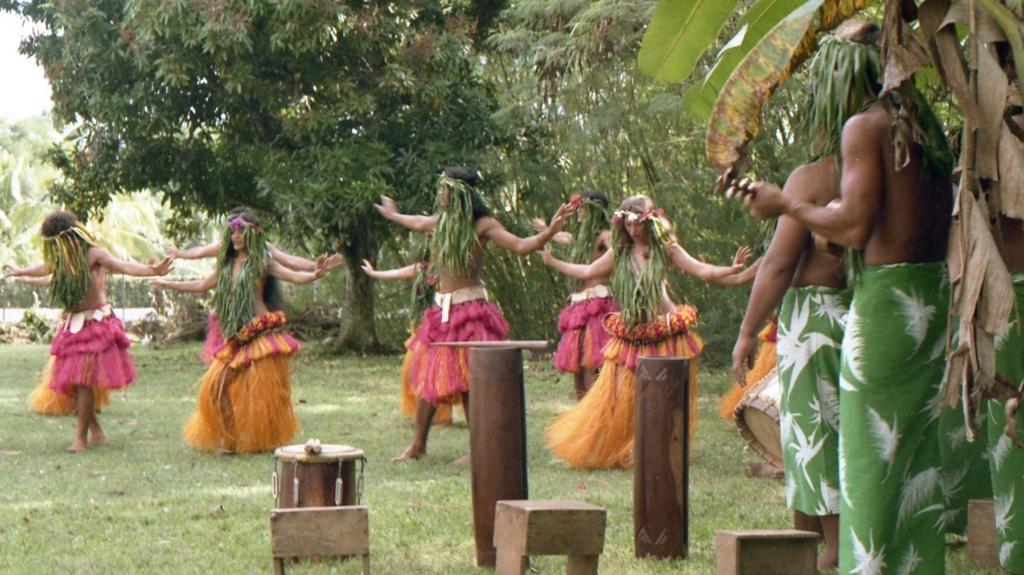 RHÔNE (BSL) - Page 32 Tahiti27
