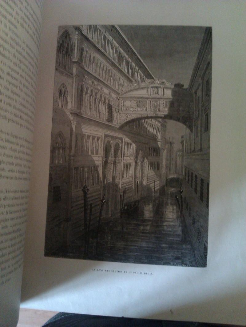 Quels sont les livres les plus étonnants/remarquables de votre bibliothèque ? Imag0113