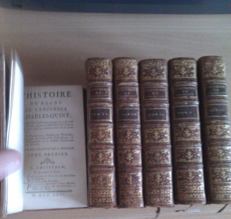 Quels sont les livres les plus étonnants/remarquables de votre bibliothèque ? - Page 3 Imag0117