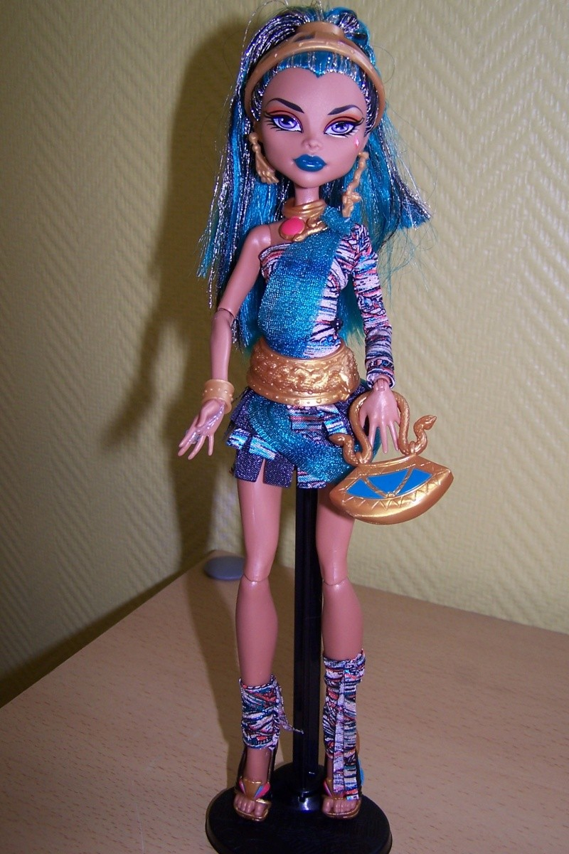 Les Monster High de Cendrine  100_0447