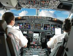 Danger dans le ciel - Mort de fatigue - vol continental 3407 ( en streaming ) 27104710