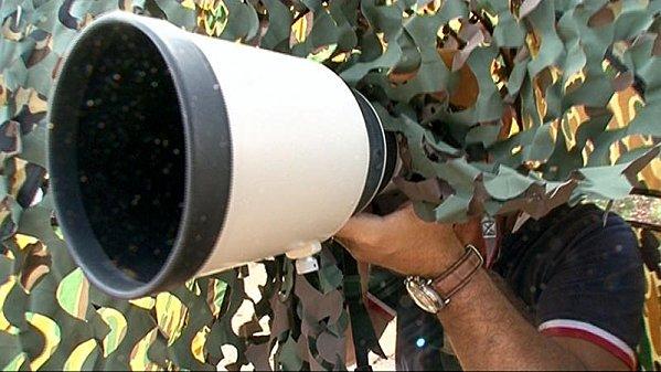 REPORTAGES - Sur Les Paparazzi Les Methodes de Chocs Papara12