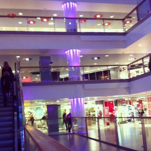 Shopping Ypoli Shoppi10