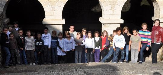 Viré Les élèves de l'école René-Boudier sensibilisés au patrimoine du village  La-cla10