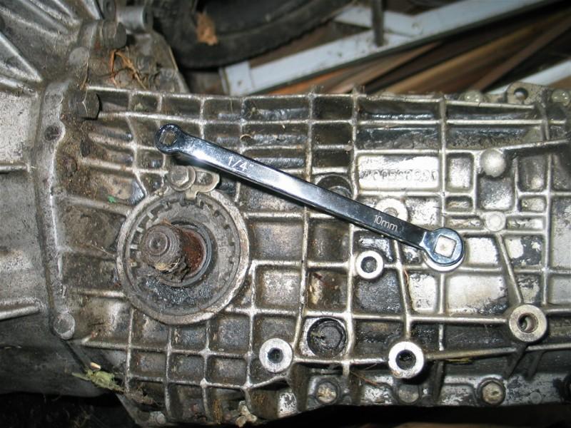 Niveau d'huile du BVA de Renault 25 :boite type AR4 1_la_c10
