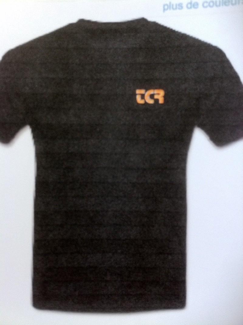 Tee shirt Team Crashriders - Page 2 Img_0411